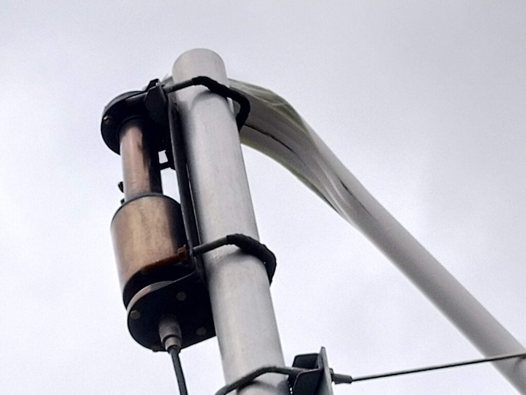 Antenna changes 2019, Falcon OUT-250f broke in two